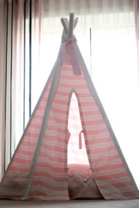 Candy-Pink-Tipi